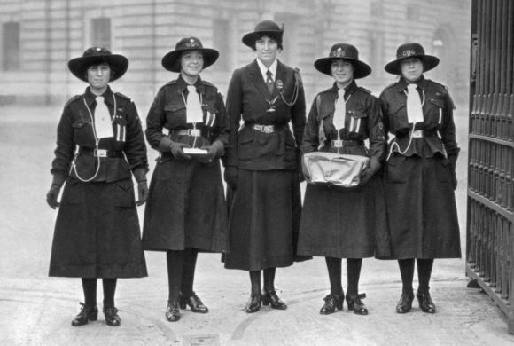 girl-scout-uniforms-1920s